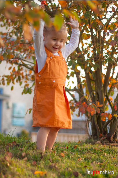 A dungarees skirt made from a shirt for the autumn weather!